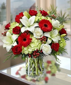 Holiday Grandeur Bouquet Atlanta