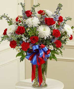 An elegant Vase Design of Red, White & Blue