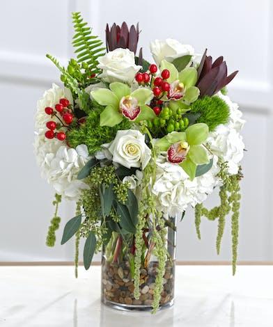 white flowers, hydrangea, white roses, unusual flowers