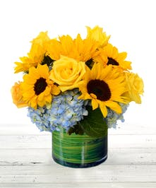 sunflowers, roses, hydrangea flower arrangement Atlanta