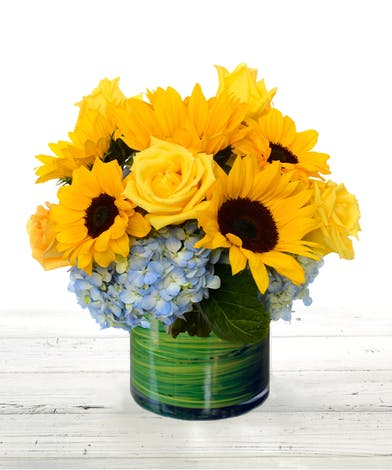 sunflowers, roses, hydrangea flower arrangement Atlanta